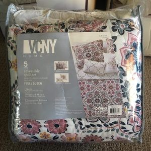 New VCNY Anges 5 pc Reversible Quilt Set